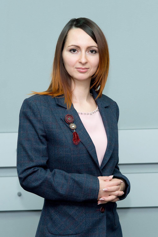 Бирюкова Алена Валерьевна - Специалист по снабжению