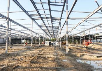 Монтаж конструкций основного корпуса грибного комплекса